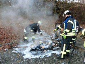 Brand Mülltonnne am Kasernengelände